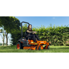 Kubota Z122R Zero turn mower